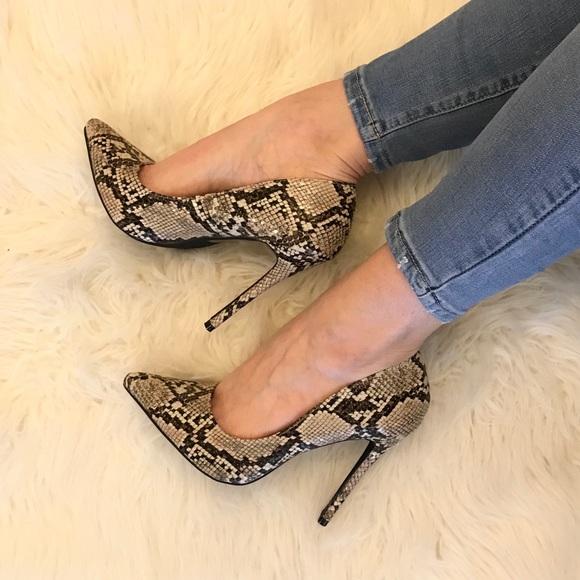 ShopBossyJocey Shoes - Colette Snakeskin Pointed Toe Stiletto Pump